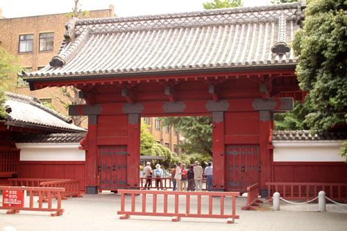 現在の東大赤門