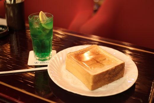 純喫茶「ローヤル」ハニートースト