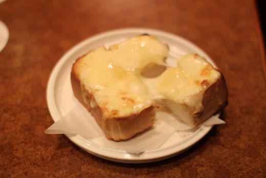 「喫茶 ショパン」チーズトースト