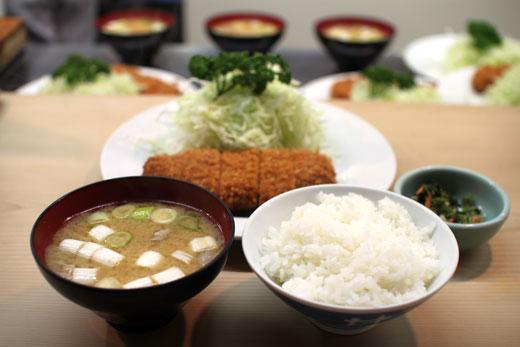 「とんかつ 井泉」ヒレ定食