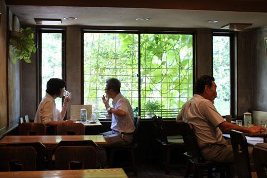 喫茶ルオー・二階窓