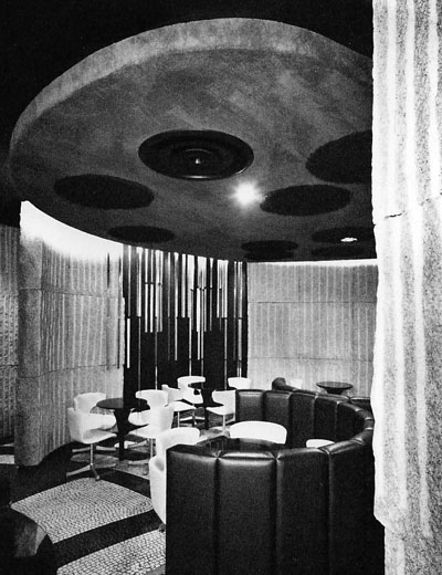 喫茶店「ストーン」昭和41年の内装