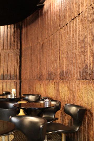 喫茶店「ストーン」壁