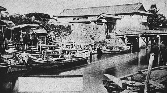 明治初年頃の浅草御門