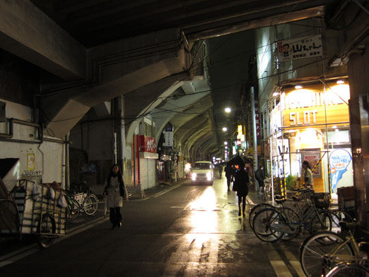 浅草橋駅ガード下01