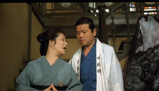 映画「吉原炎上」・左とん平と園佳也子