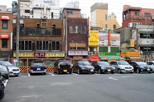 昭和通りからの東上野・キムチ横丁