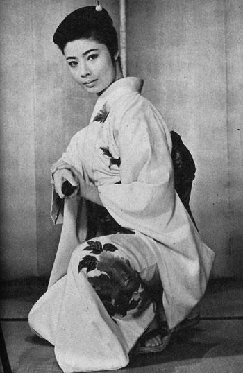 俊藤浩滋の娘である藤純子