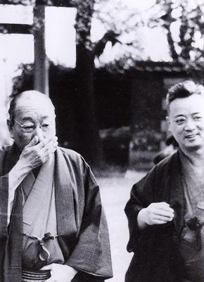 湯島天神の久保田万太郎