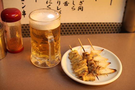 上野アメ横「肉の大山」 ビールと焼き鳥