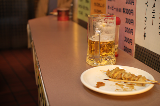 上野アメ横「肉の大山」 カウンター