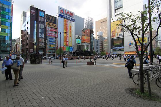 新橋駅西口広場