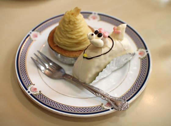 「柏水堂」のプードルケーキとモンブラン