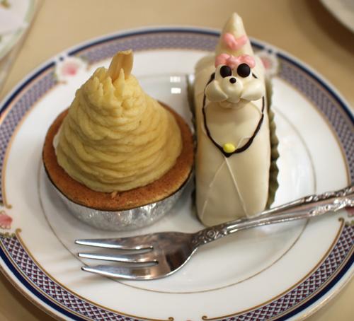 洋菓子「柏水堂」のプードルケーキ(正面から)