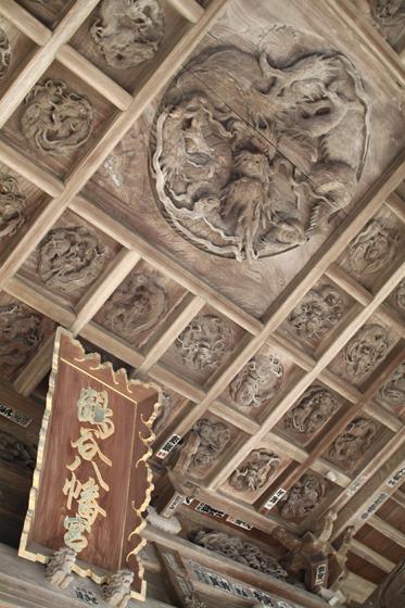 鶴谷八幡宮の彫刻