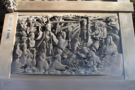 海南刀切神社の彫刻(天岩戸)