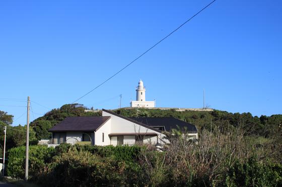 フラワーラインからの洲崎灯台