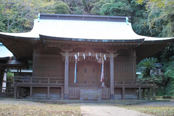洲崎神社の社殿