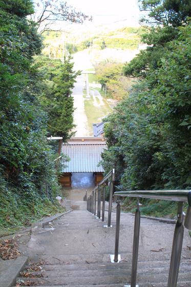 洲崎神社の厄祓坂(途中から)