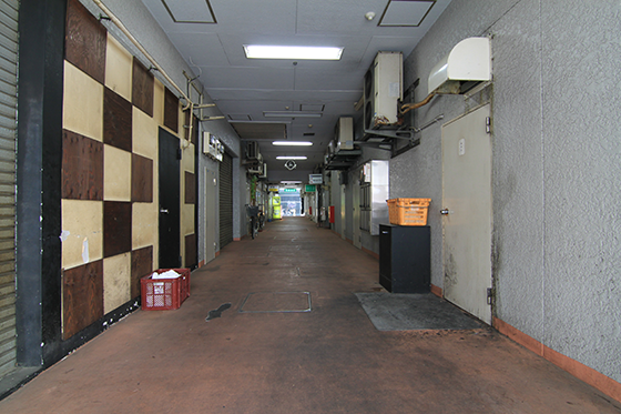 錦糸町・花壇街内部