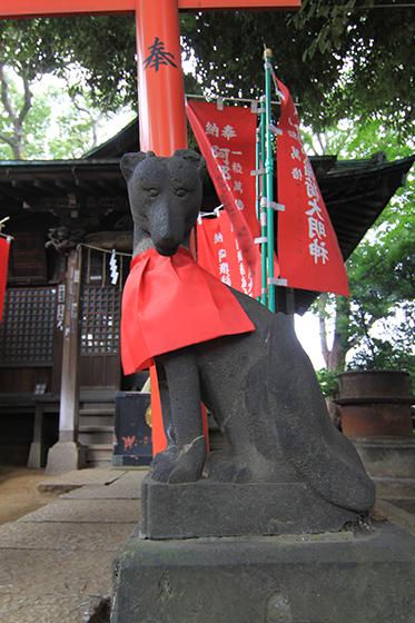 品川神社内・稲荷