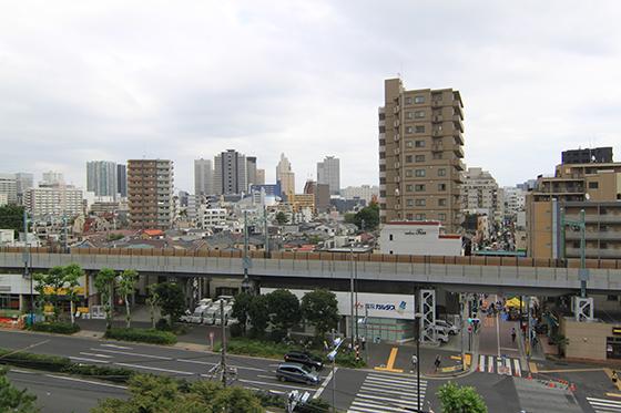 品川神社・富士塚からの景色