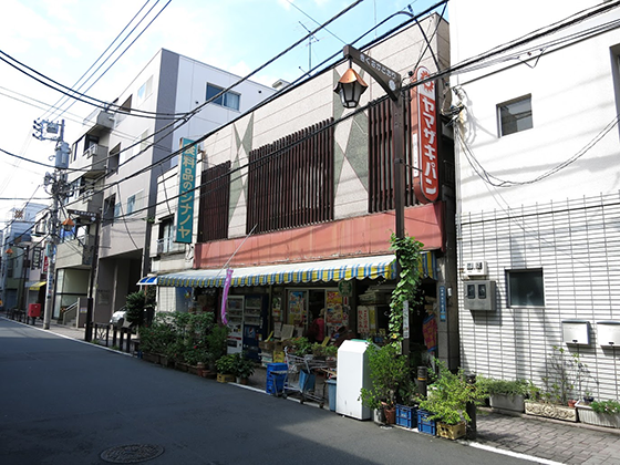 菊坂の食料品店